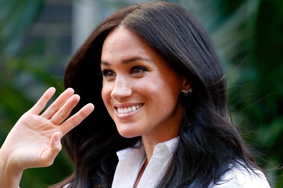 Die königliche Familie wünscht Meghan Markle alles Gute zum Geburtstag, als sie 39 wird