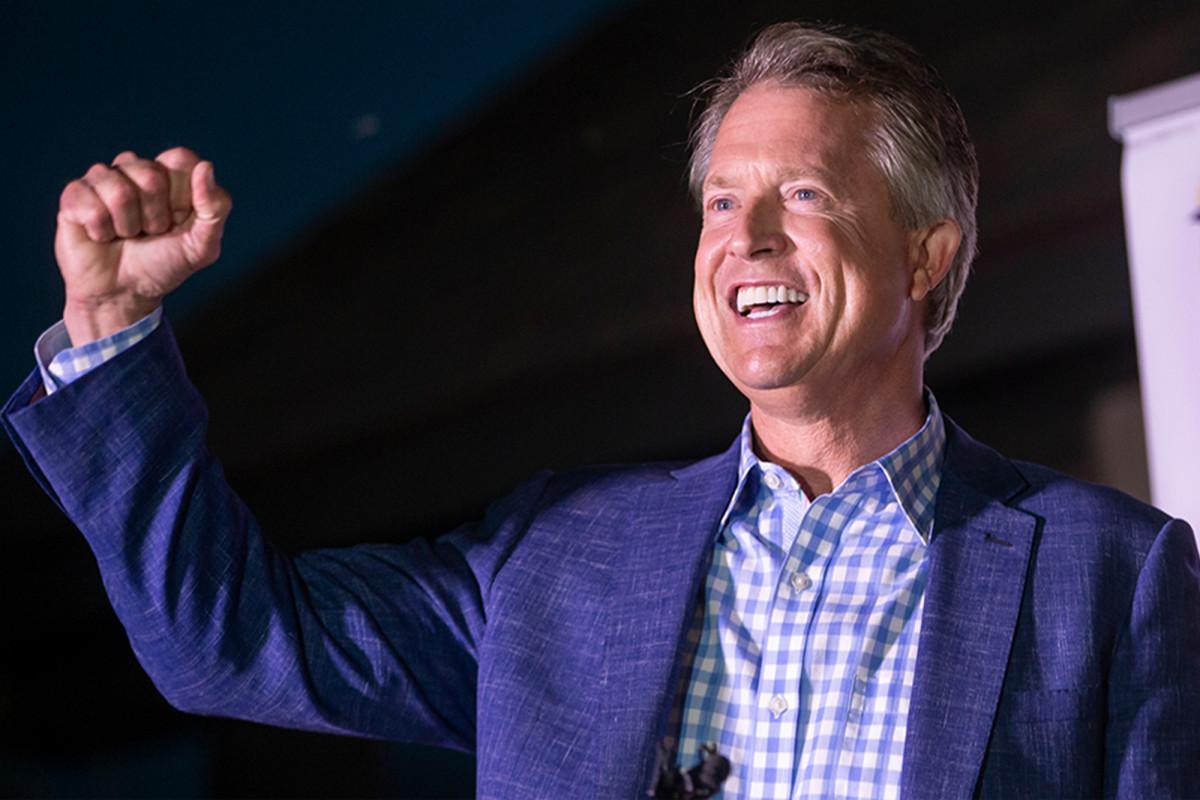 Der Abgeordnete Roger Marshall gewinnt den Sitz des Senats von Kansas gegen Kris Kobach