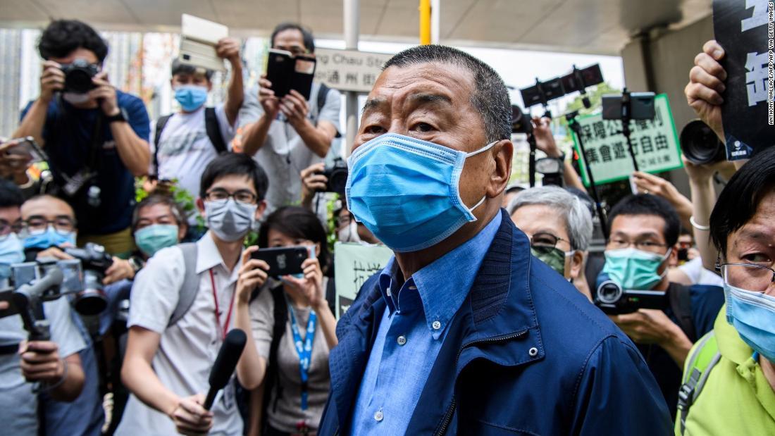 Jimmy Lai, ein pro-demokratischer Medienmagnat aus Hongkong, wurde nach dem neuen nationalen Sicherheitsgesetz verhaftet