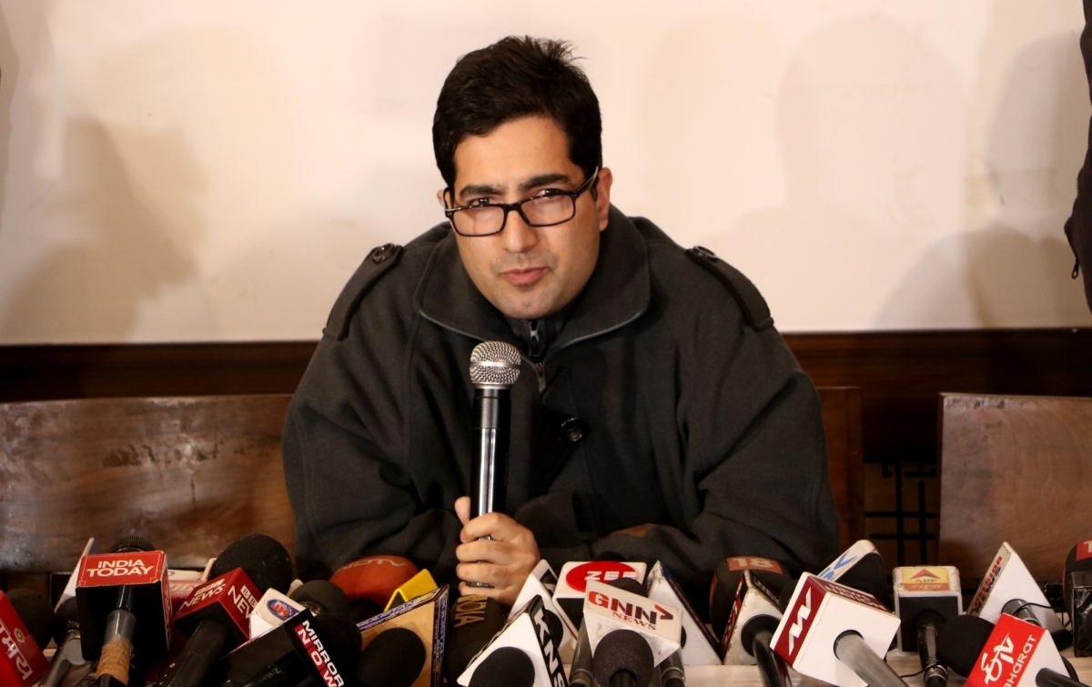 J&K leader Shah Faesal quits politics, likely to join back administration