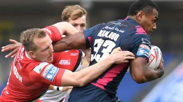 Sechs Spieler von Hull FC testen nach der Niederlage von Salford Red Devils positiv auf Covid-19