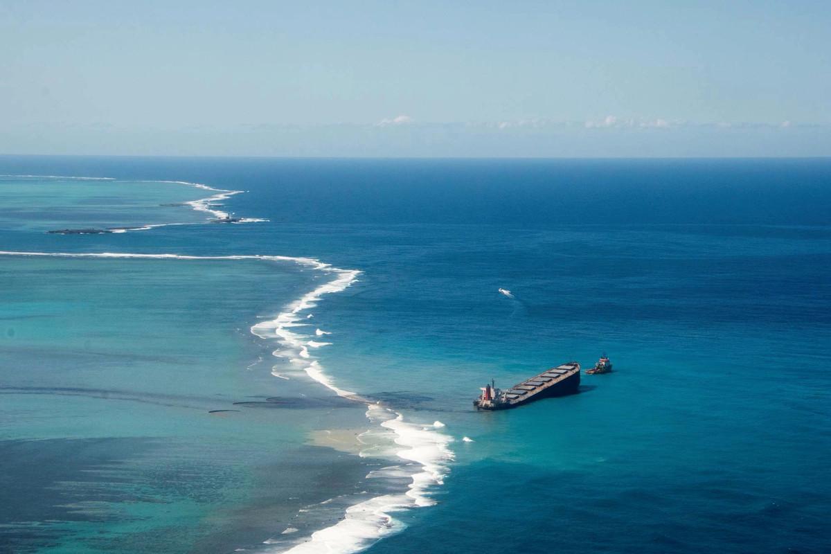 Das Leben im Meer um Mauritius stirbt, während sich die Ölpest des japanischen Schiffes ausbreitet