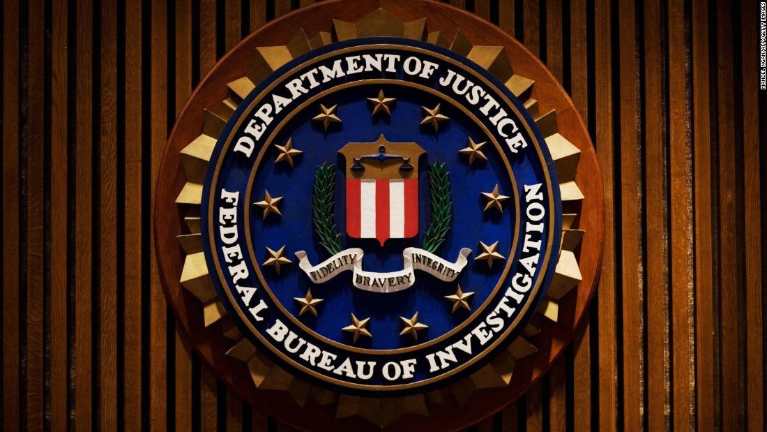 Ehemaliger FBI-Anwalt bekannte sich schuldig, während der Ermittlungen gegen Russland E-Mails geändert zu haben