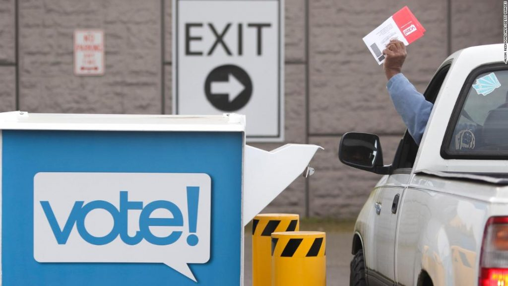 Briefwahl: Fehlerhafte Wahlmailer sorgen für Verwirrung