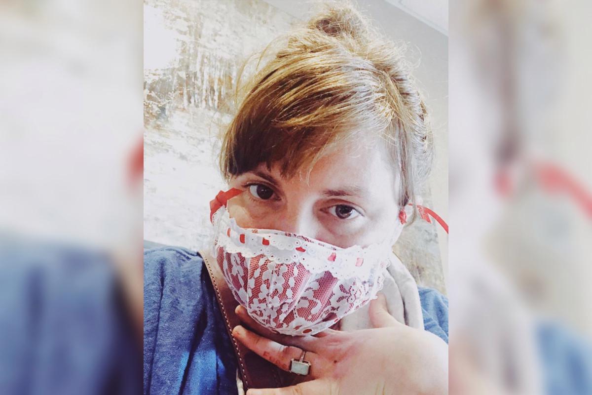 Lena Dunham enthüllt, dass sie gegen das Coronavirus gekämpft hat