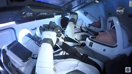 SpaceX Crew Dragon Astronauten kehren zur Erde zurück