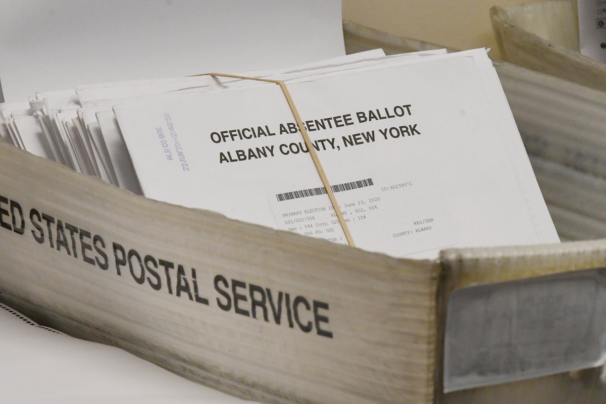 """Nach dem vorgeschlagenen Gesetz müsste NY BOE den Wählern """"Dropboxen"""" zur Verfügung stellen"""