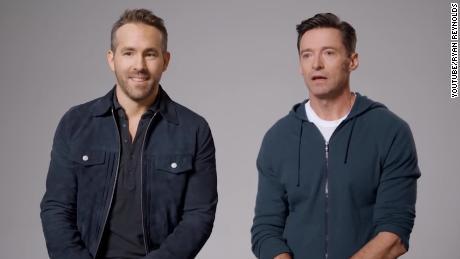 Ryan Reynolds und Hugh Jackman fordern einen Waffenstillstand für einen guten Zweck
