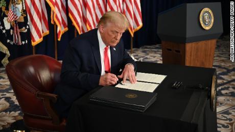 Trump glaubt, dass ihm enorme neue Kräfte verliehen wurden.  Jetzt wird er sie verwenden